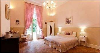 Hotel Le Petit Chateau Argoumbat