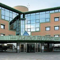 Hotel Dado International