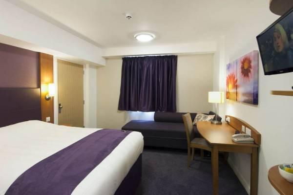 Premier Inn Nottingham Nw (Hucknall)