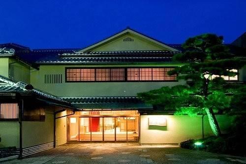 Hotel (RYOKAN) Awara Onsen Tsuruya