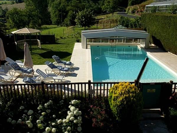Hotel La Bonne Famille Logis