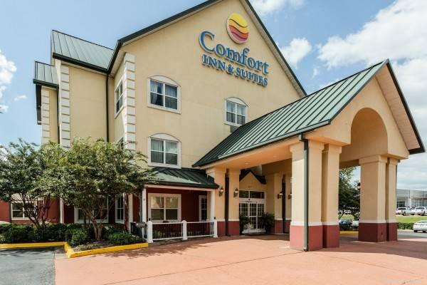 Comfort Inn and Suites Grenada