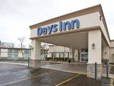 DAYS INN AND CONFERENCE CENTRE