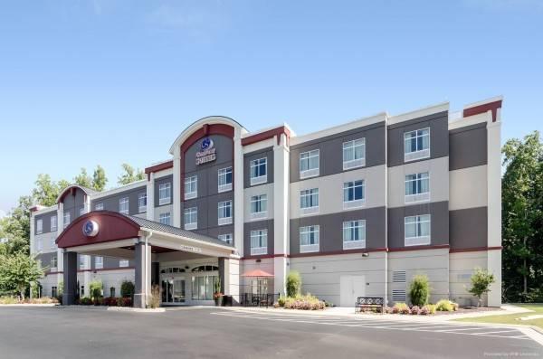 Hotel Comfort Suites Williamsburg Historic Are