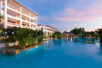 Hotel Peninsula Bay Resort
