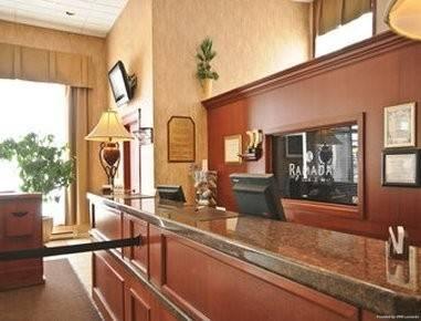 Hotel Ramada Plaza by Wyndham Gatineau/Manoir du Casino
