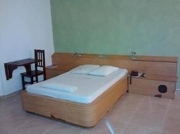 Comodoro Tourist Hotel