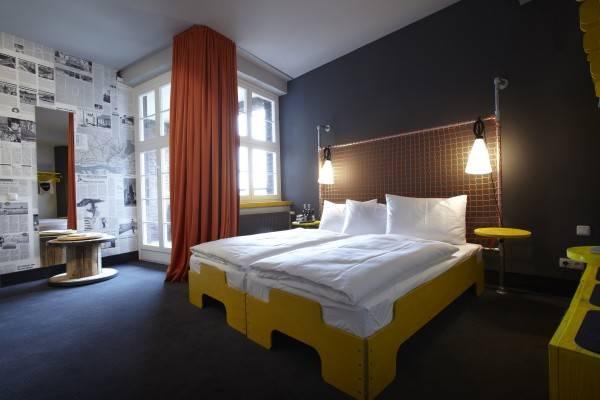 Superbude St. Pauli Hotel & Hostel