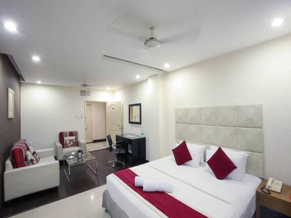 Hotel At Home Suites