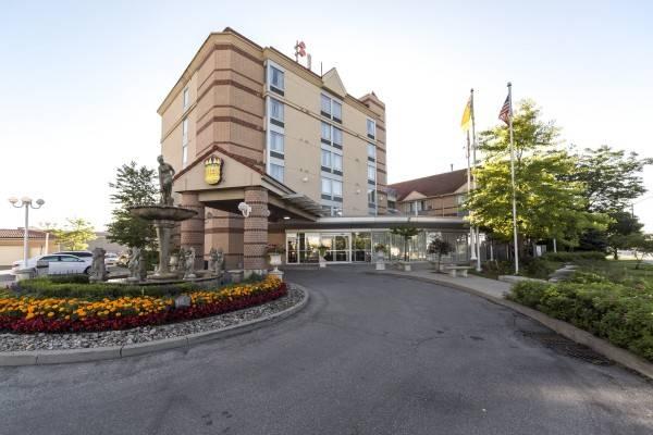 Monte Carlo Inns - Airport Suites