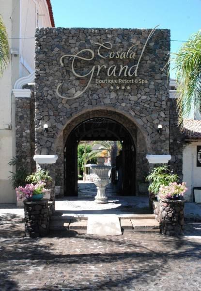 Hotel Cosala Grand