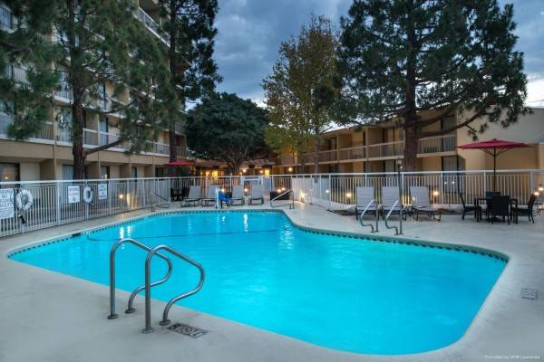 Hotel Courtyard Oxnard Ventura