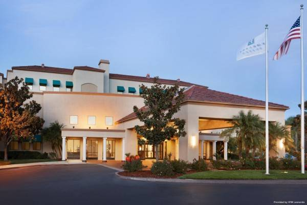 Hotel Embassy Suites by Hilton Temecula Valley Wine Country