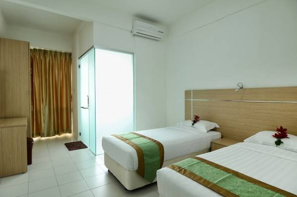 One-Stop Residence & Hotel