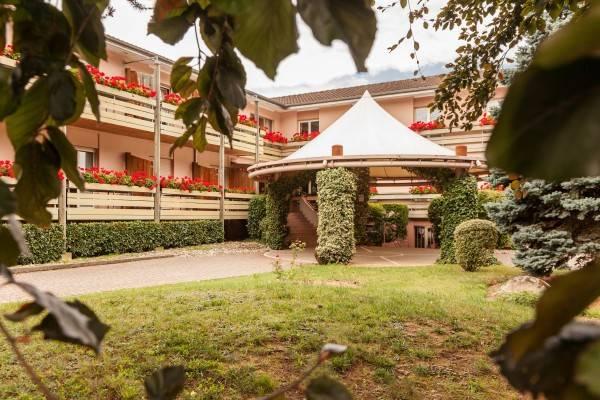 Hotel Les Remparts Logis