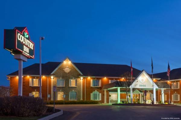 Quality Inn and Suites Oakville