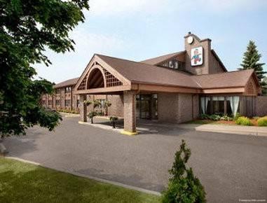 Hotel Travelodge by Wyndham Barrie on Bayfield