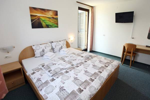 Hotel Gala Guesthouse