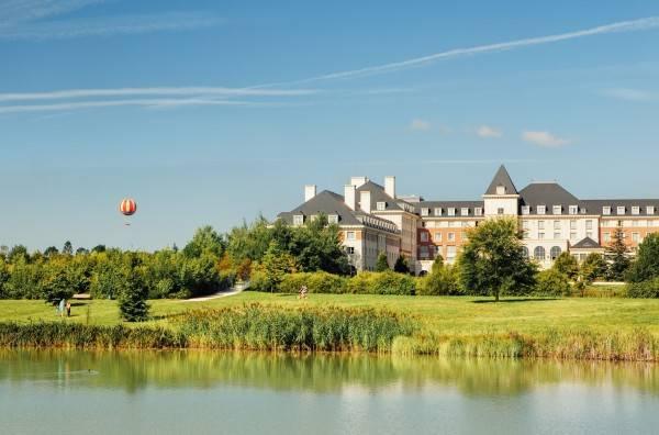 Hotel Vienna House Dream Castle