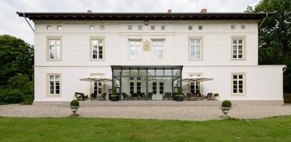 Hotel Herrenhaus Gut Bliestorf