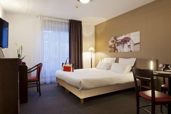 Hotel Comfort Suites Port Marly Paris Ouest