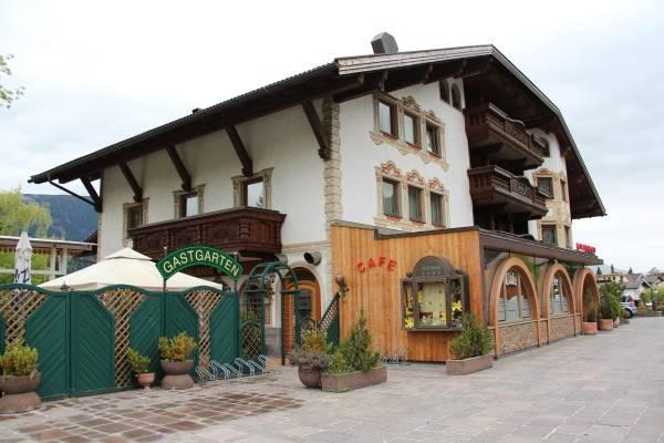 Hotel Tyrolis