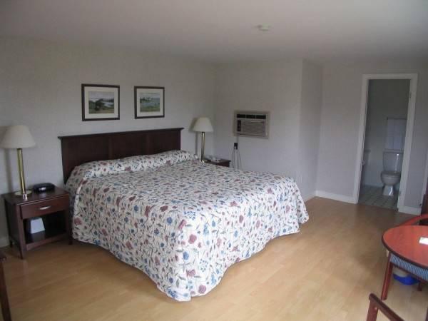 Hotel Resort at Cavendish Corner