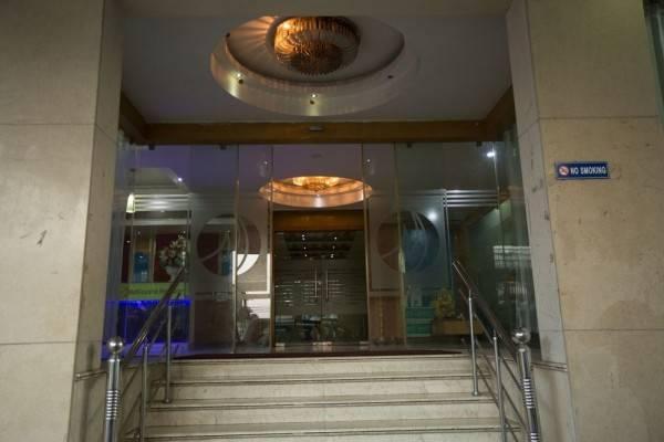 Hotel Mahalaya Residency by HARRIOTT