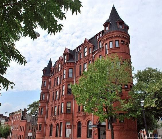 HOTEL BREXTON HISTORIC HOTELS