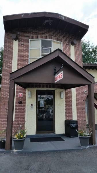 Budget Motor Inn - Stony Point