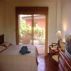 MONTEREY DEL MAR HOTEL