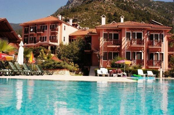 Pink Palace Hotel - All Inclusive
