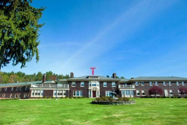 Hotel Traditions At The Glen Resort And Conference Center