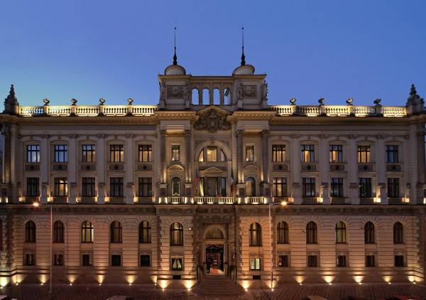 Hotel Carlo IV The Dedica Anthology Autograph Collection