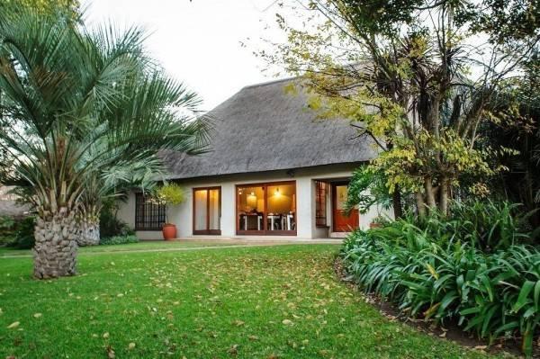 Hotel Safari Club SA
