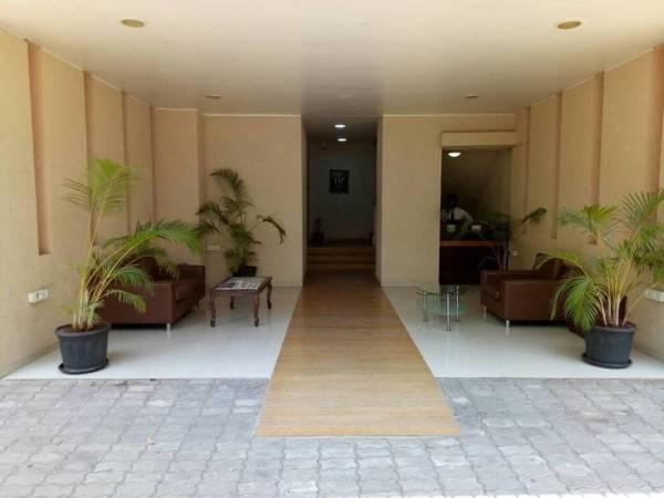 Hotel Vosiv Suites - Kalyani Nagar