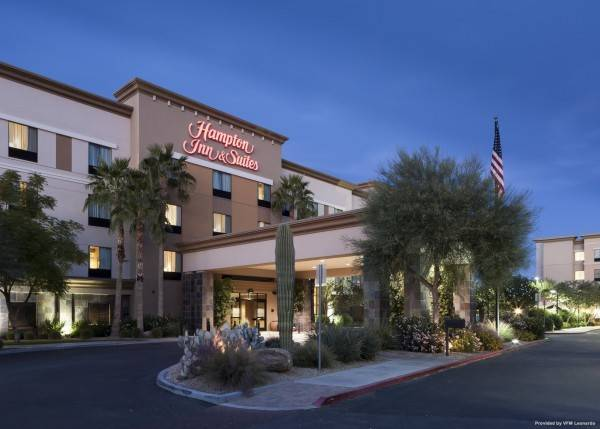 Hampton Inn - Suites Phoenix North-Happy Valley