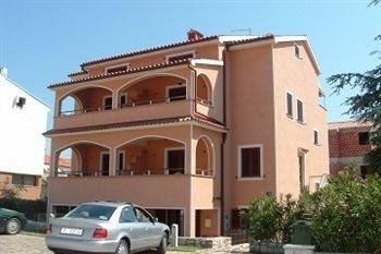Hotel Apartments Zdjelar