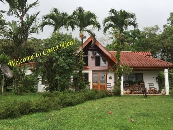 Hotel Chalet Nicholas B&B Costa Rica
