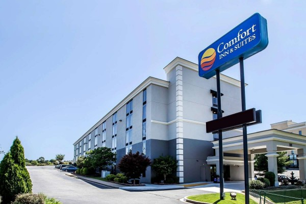 Comfort Inn & Suites Roper Mountain Road