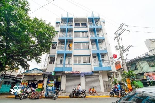 Hotel ZEN Rooms Basic Quirino Station