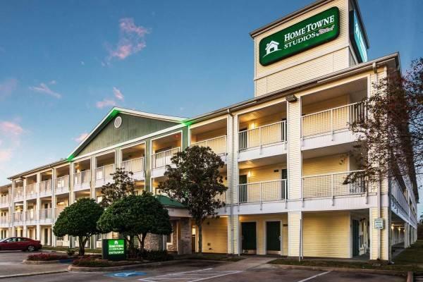 Hotel HomeTowne Studios Houston - West Oaks