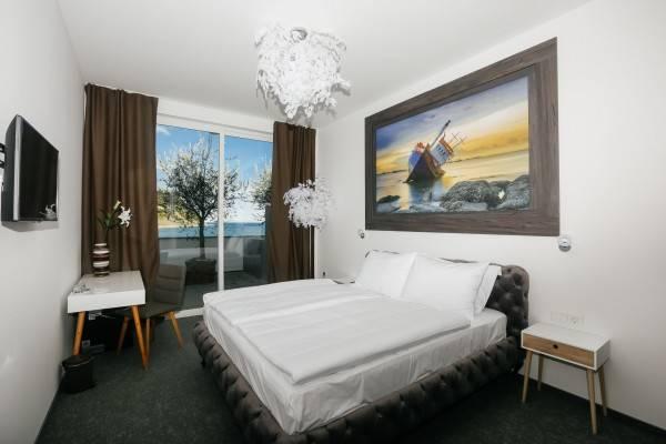 Barbara Piran Beach Hotel &SPA