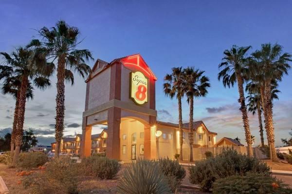 Hotel Super 8 by Wyndham Tucson/Grant Road Area AZ