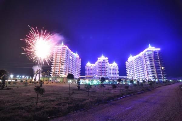 Hotel Azura Complex