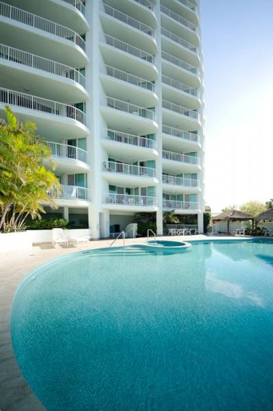 Hotel Crystal Bay on the Broadwater