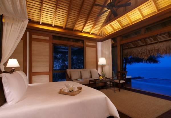 Hotel Pangulasian Island Resort