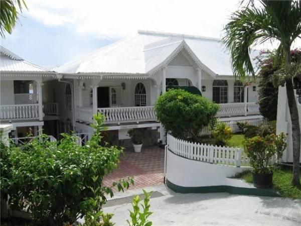 Hotel GRENADINE HOUSE