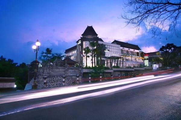Hotel Neo Denpasar Neo Gatot Subroto Bali