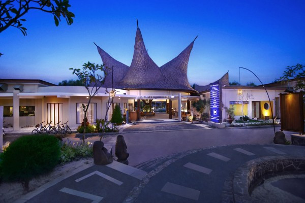 Hotel Aston Sunset Beach Resort - Gili Trawangan